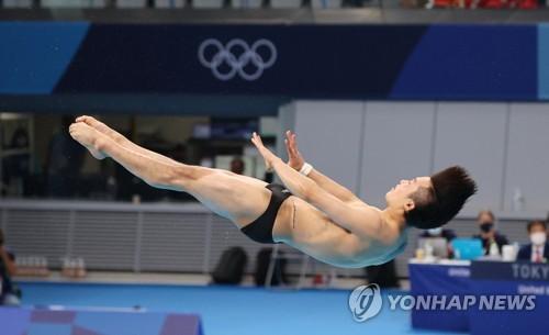 韩跳水运动员禹河蓝
