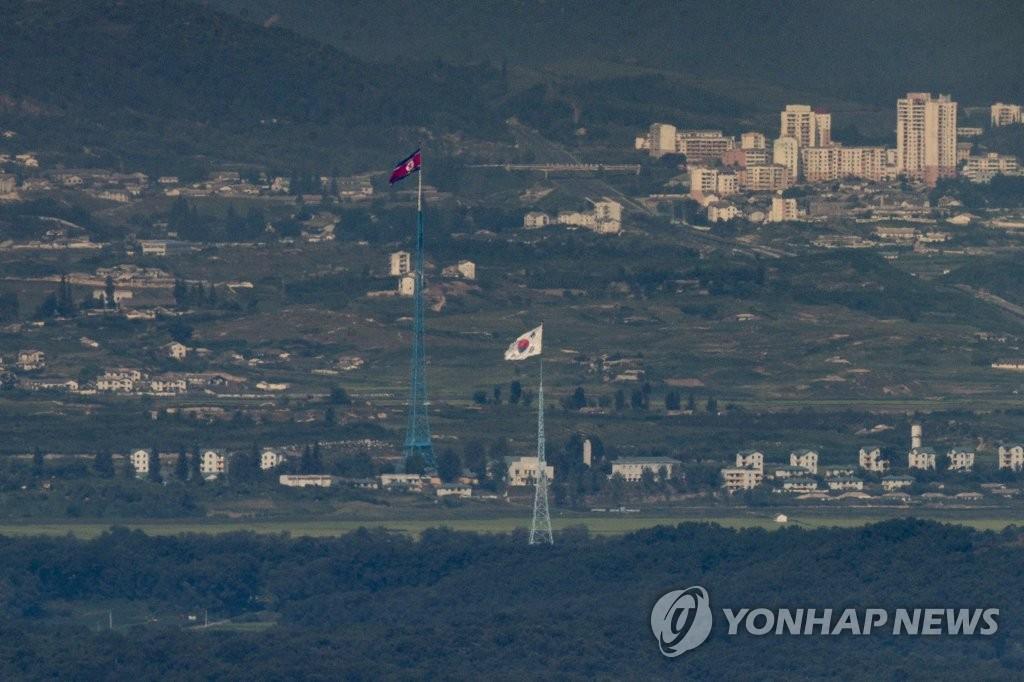 消息:韩美联演期间朝军前线低强度演习