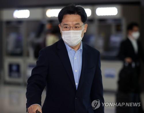 详讯:韩国对朝代表鲁圭悳启程访美