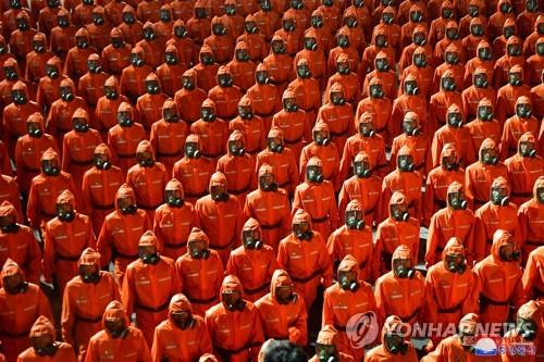 朝鲜阅兵未秀新武器 工农赤卫军成主角