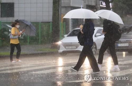 济州道出现强降雨