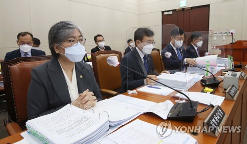韩疾控首长:将尽量增购新冠口服药