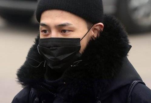 YG吁粉丝勿访BIGBANG成员退伍现场以防猪瘟扩散