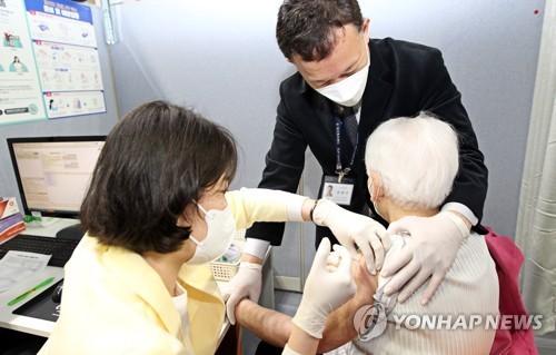 韩过半70至74岁人群已完成新冠疫苗接种预约